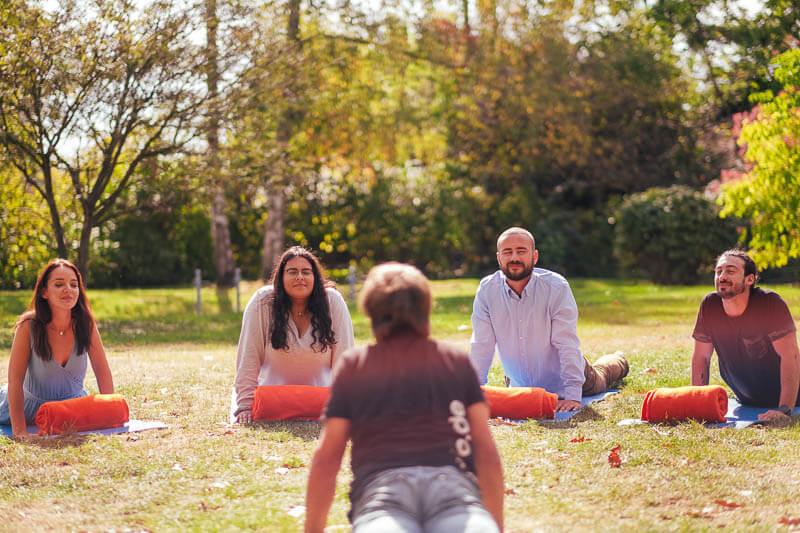 Team Event Business Yoga 02