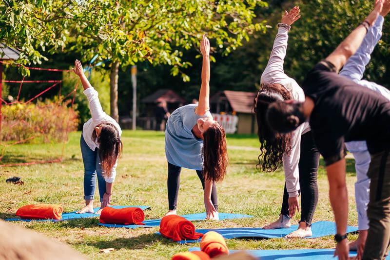 Team Event Business Yoga 03