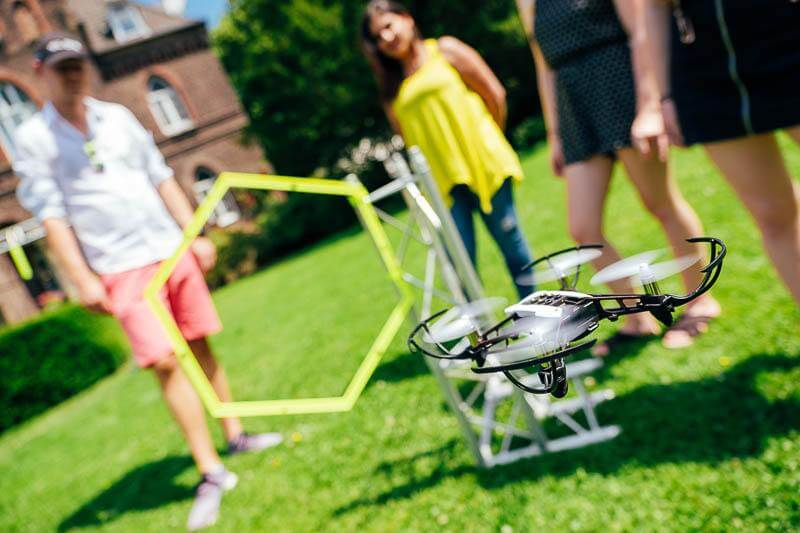 Drone Drohne Rennen Teamevent 01