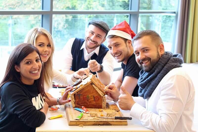 teamio weihnachtsfeier Ideen - Lebkuchen Haus 01